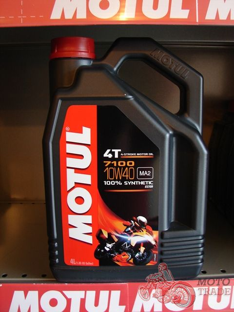 масло Motul 7100 10W40