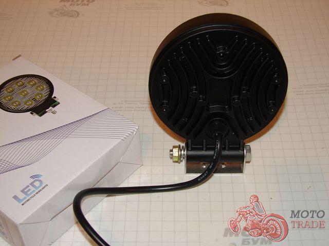 Фара LED, дополнительная светодиодная фара. 9 LED.